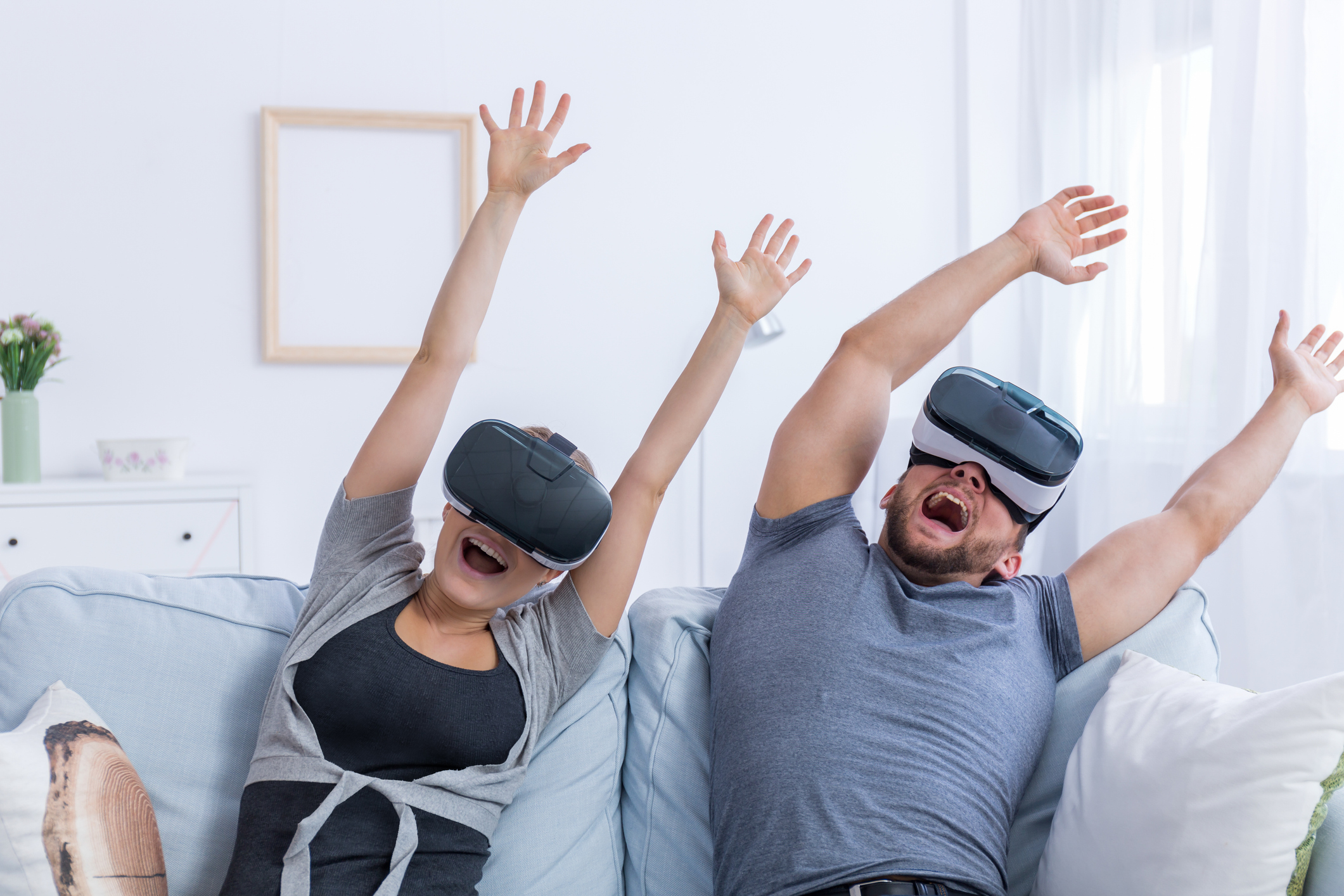 couple enjoying an online roller coaster as a fun virtual experience